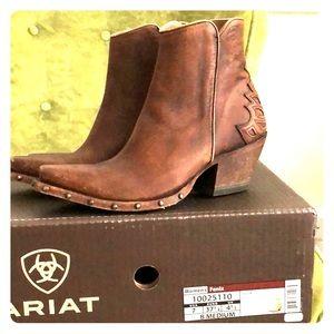 """Ariat Fenix Bootie 7B Distressed Brown, 2"""" heels"""